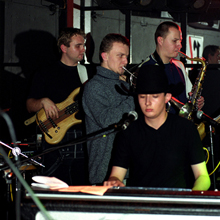 Ascetic & Refugees of the Groove at Remont, Warsaw, on November 30, 2000. Photo • Tadeusz Pękacz Sr.